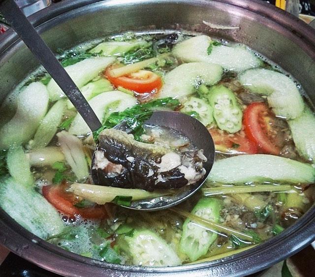 3 bước đơn giản có ngay món Cá trê nấu canh chua thơm ngon nóng hổi6