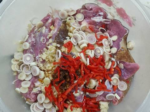 Cách làm món thịt dê xào lá lốt thơm ngon nức mũi chỉ trong 5 bước đơn giản4.