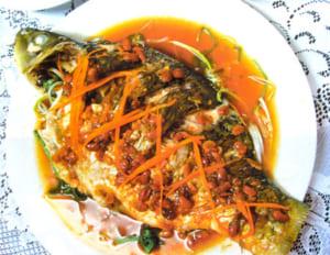 Món cá chép chiên sốt cà đậm đà khó quên